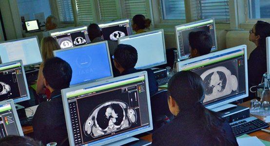 Vebināri par radiologu asistentu un radiogrāferu apmācību radiācijas drošībā